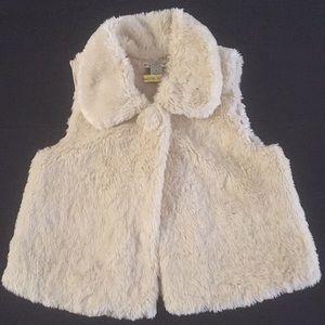 Forever 21 cropped fur vest